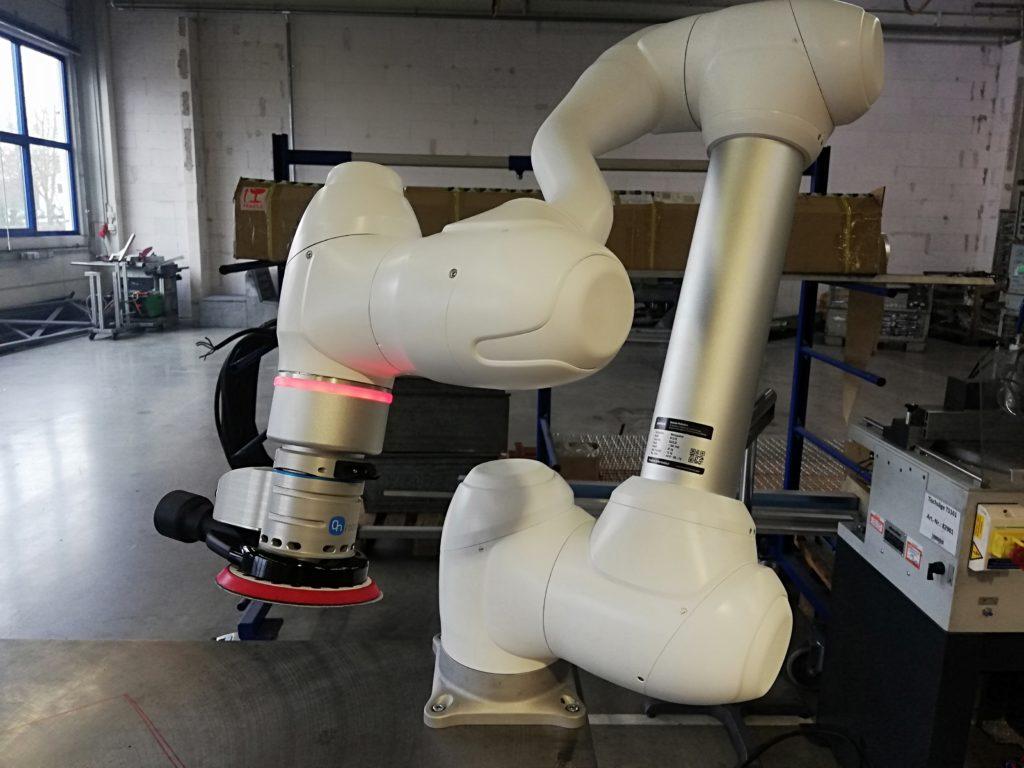 Schleifen mit Leichtbaurobotern